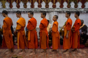 Luang Prabang, Tak Bat